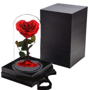 Rose éternelle en forme de coeur rouge
