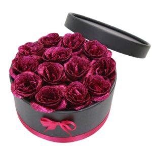 Bouquet de roses en boite pas cher - boite rose éternelle fuchsia
