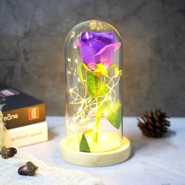 Rose éternelle artificielle violette