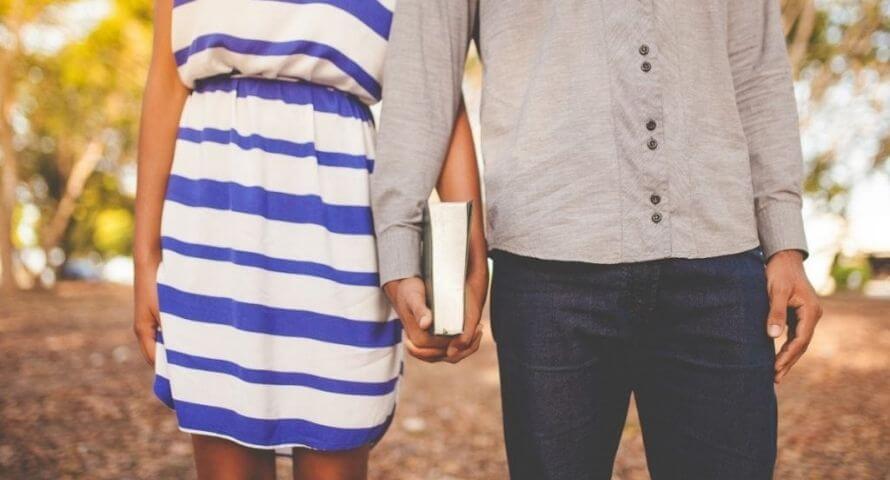 Comment savoir si une fille nous aime ?
